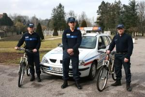 policeM